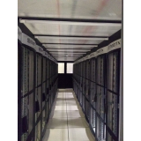 confinamentos térmicos data center com teto retrátil Louveira
