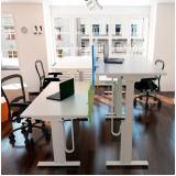 mobiliário técnico com regulagem elétrica de altura Embu das Artes